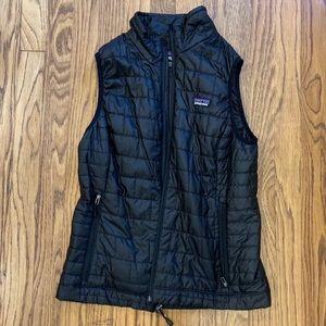 Women's Patagonia black vest